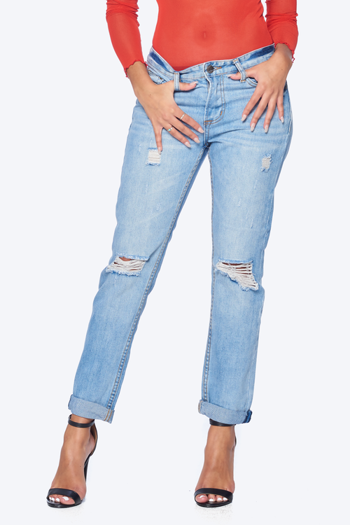 Boyfriend Fit Destroyed Jeans