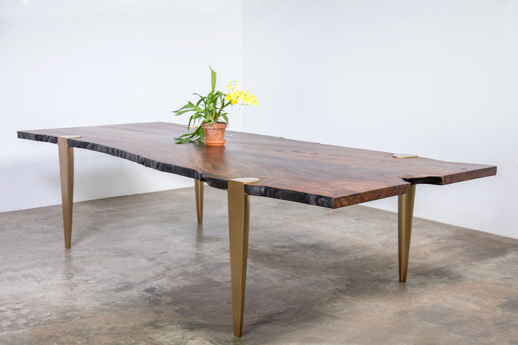CRITICAL MASS DINING TABLE
