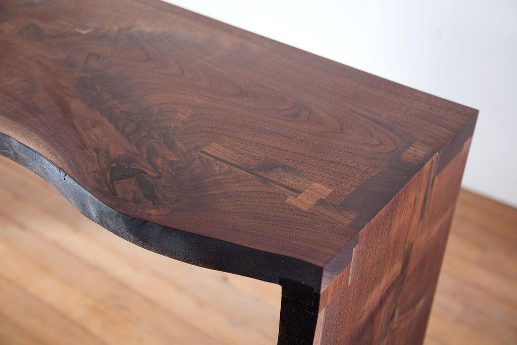LIVE EDGE ENTRY TABLE
