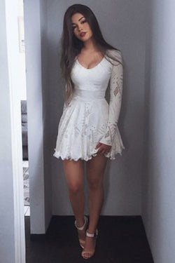 White Lace A-Line Scoop Long Sleeves Short Homecoming Dress, SH272