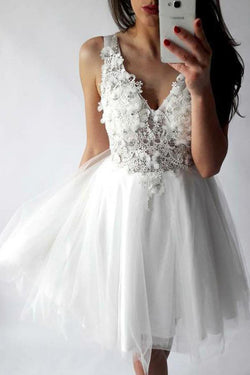 White Tulle A-line V-neck Short Prom Dress, Homecoming Dresses with Appliques, SH340
