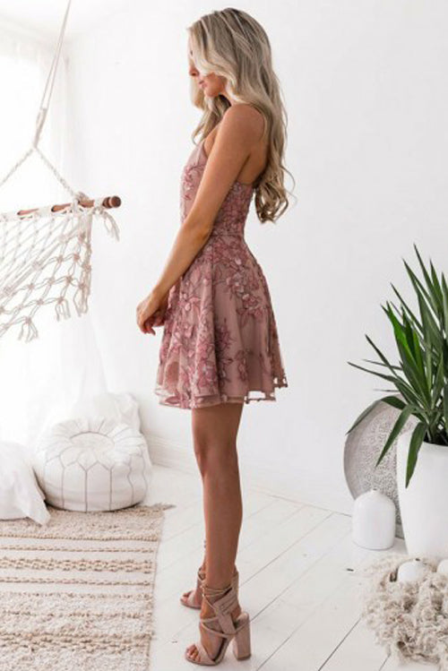simidress.com offer Charming Blush A-Line Homecoming Dresses, Short Prom Dress with Appliques, SH471