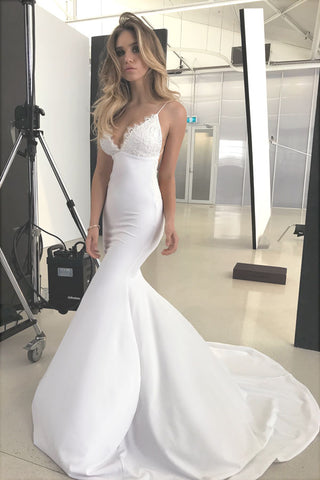 Elegant Lace V-neck Backless Mermaid Wedding Dresses with Appliques, SW128