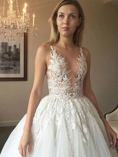Simidress.com offer Elegant White A-line Lace Long Tulle Wedding Dress with Appliques, SW210