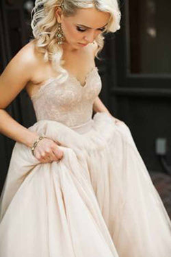 Cute Ivory Tulle Puffy Ball Gown Lace Bodice Sweetheart Wedding Dress, SW213