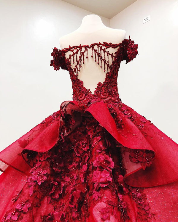 simidress.com offer Gorgeous Red Off-the-Shoulder Beaded Ball Gown V-neck Appliques Wedding Dresses, SW268