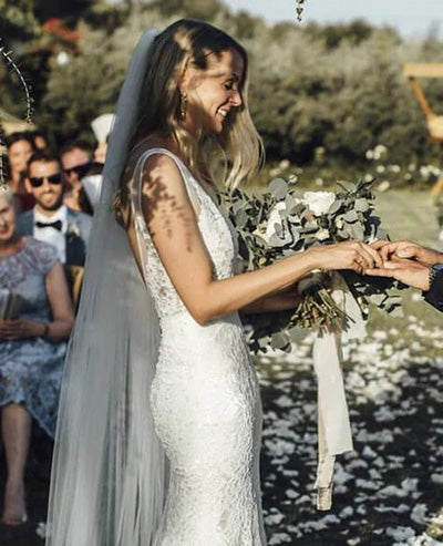 simidress.com offer Gorgeous Ivory Lace V-neck Mermaid Country Wedding Dresses | Bridal Gowns, SW274