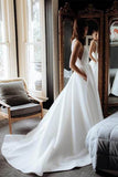Simple Organza Satin Ball Gown Round Neck Wedding Dresses with Pockets, SW310