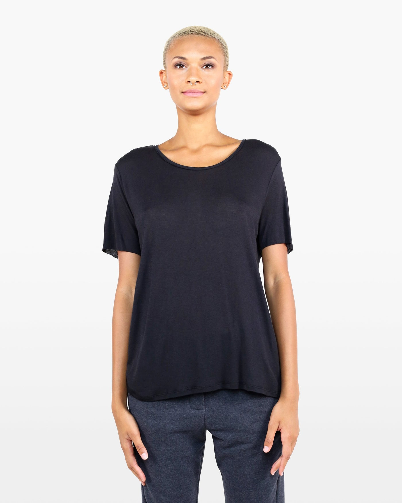 Avery Tee FIC in black