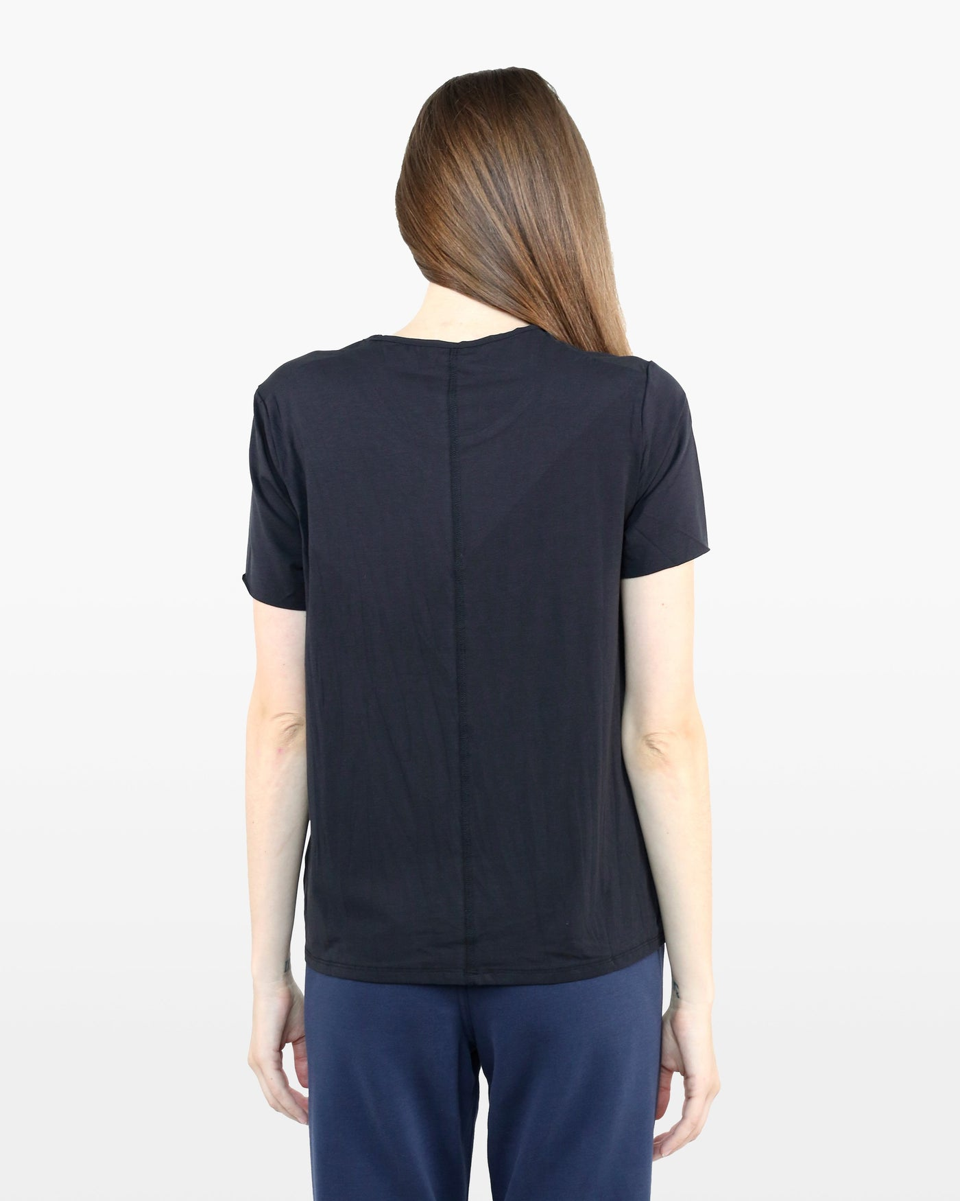 Avery Tee STJ in black