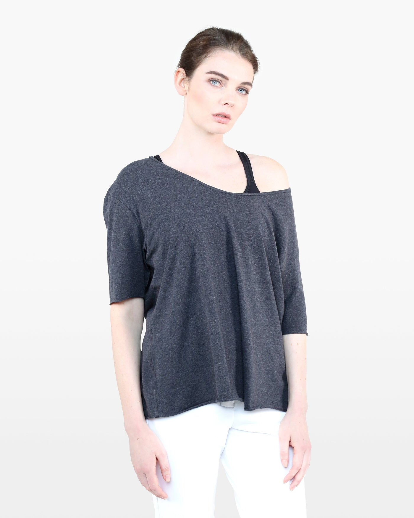 Nightingale Tee STJ in charcoal