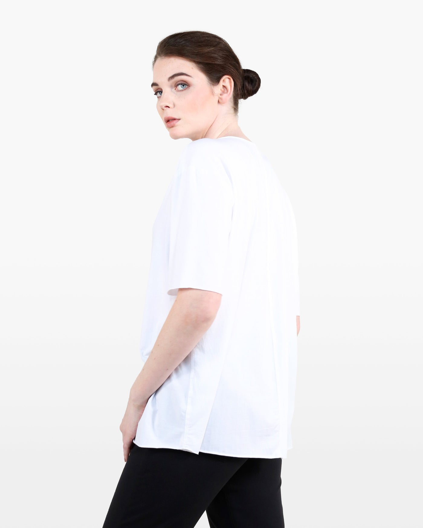 Nightingale Tee STJ in white