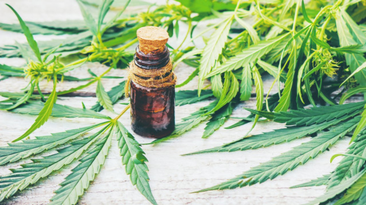 The Many Added Benefits of Full Spectrum CBD Products