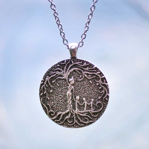 Mom & 3 Child 'Tree of Life' Pendant Necklace [Silver]