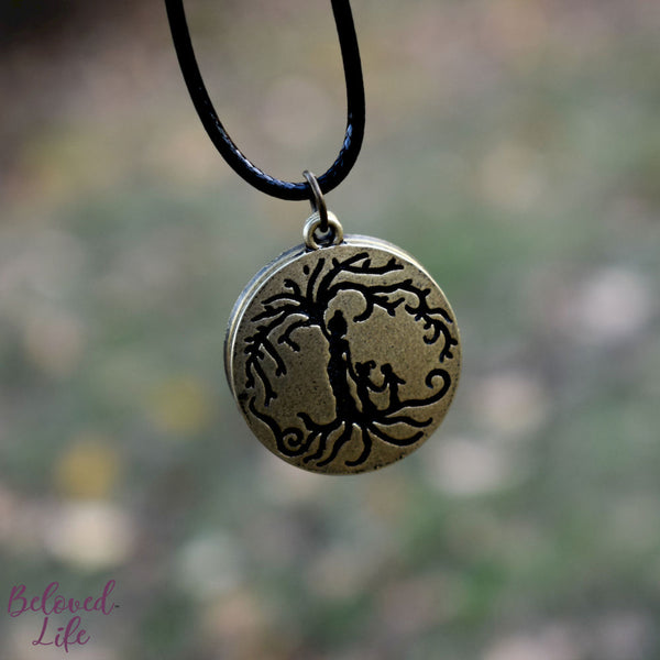 Locket Style Mom & 2 Child 'Tree of Life' Pendant Necklace [Antique Bronze]