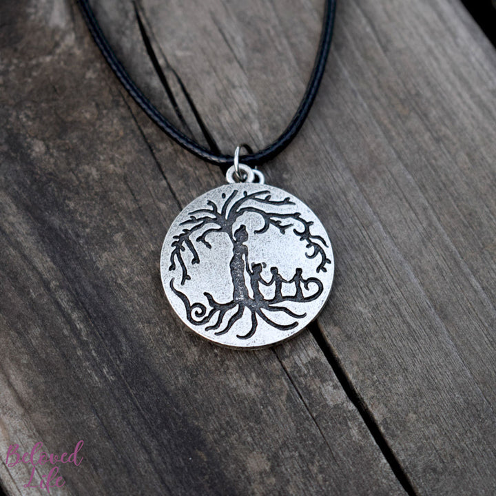 Locket Style Mom & 3 Child 'Tree of Life' Pendant Necklace [Antique Silver]