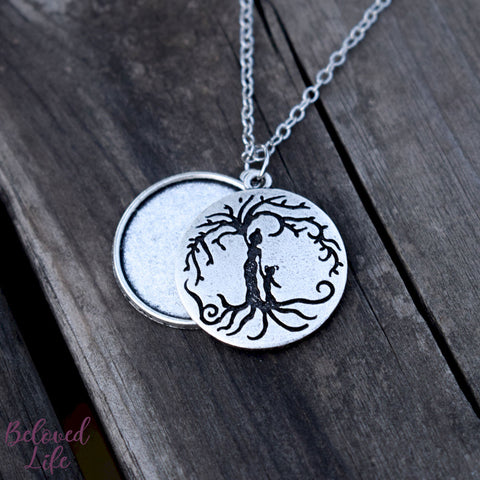 Locket Style Mom & Daughter 'Tree of Life' Pendant Necklace [Antique Silver]
