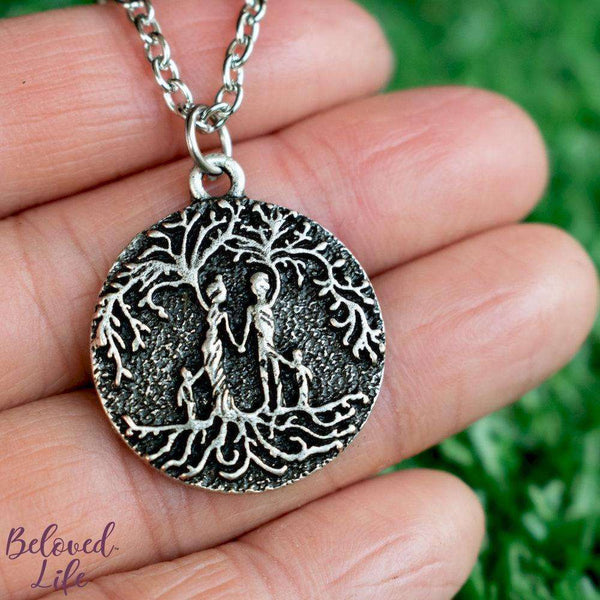 "Beloved Life Jewelry: ""Dainty"" Parents & 2 Child 'Tree of Life' Necklace [Silver]"