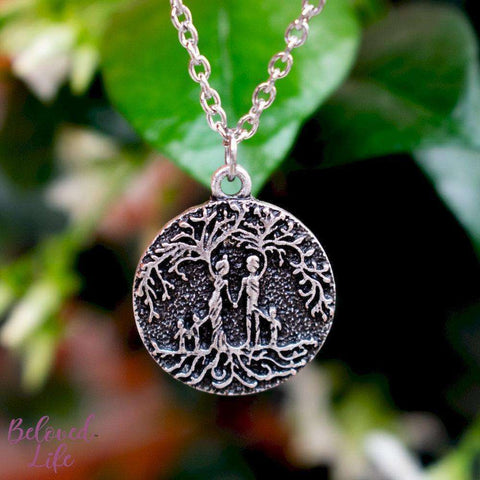 "Beloved Life Jewelry: ""Dainty"" Parents & 3 Child 'Tree of Life' Necklace [Silver]"