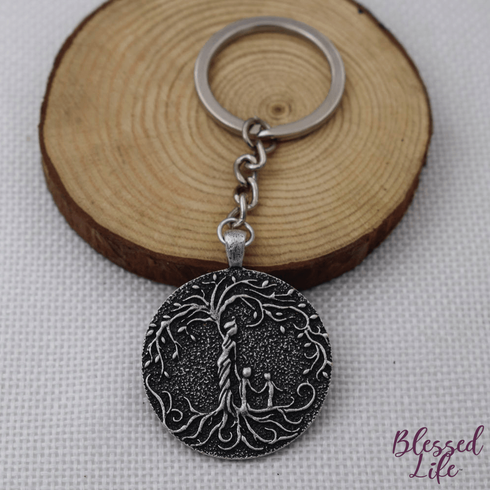 Beloved Life Jewelry: Grandmother & 2 Grandchild 'Tree of Life' Pendant Keychain [Silver]