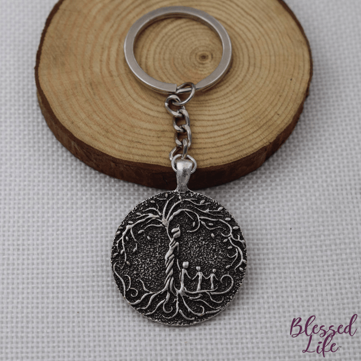 Beloved Life Jewelry: Grandmother & 3 Grandchild 'Tree of Life' Pendant Keychain [Silver]