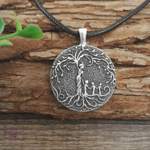 Beloved Life Jewelry: Grandmother & 3 Grandchild 'Tree of Life' Pendant Necklace [Silver]