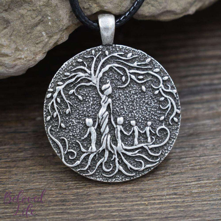 Beloved Life Jewelry: Grandmother & 4 Grandchild 'Tree of Life' Pendant Necklace [Silver]