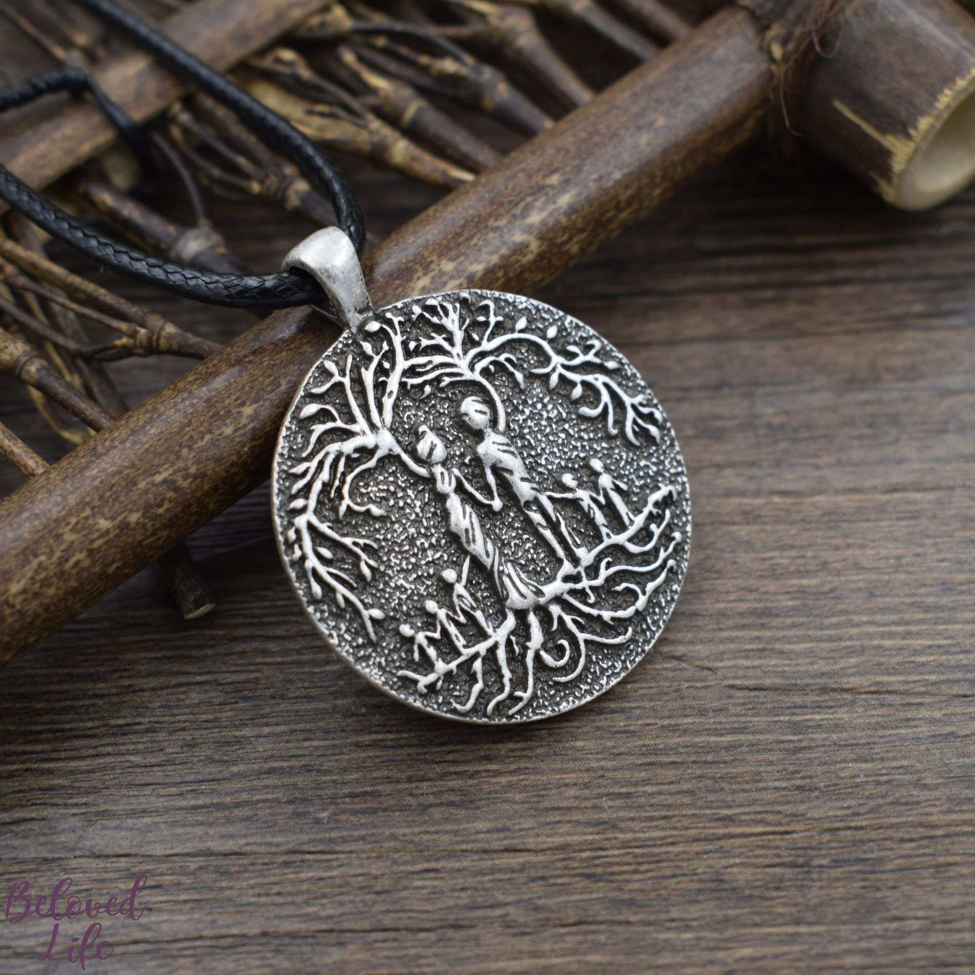 Beloved Life Jewelry: Grandparents & 5 Grandchild 'Tree of Life' Pendant Necklace [Silver]