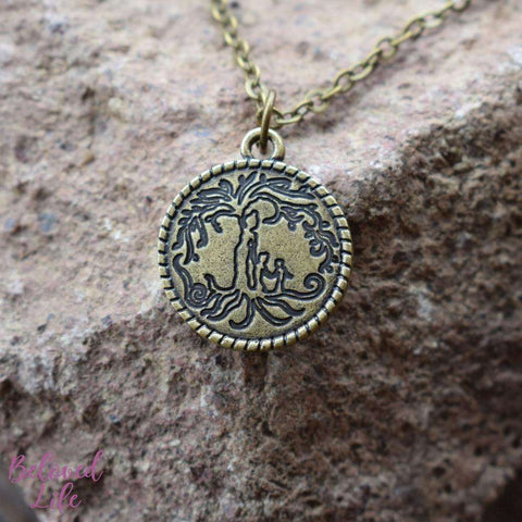 Beloved Life Jewelry: Mom & 2 Child 'Tree of Life' Coin Pendant Necklace [Antique Bronze]