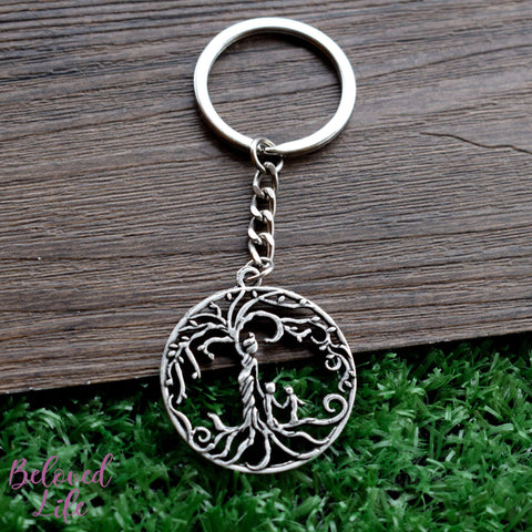 Beloved Life Jewelry: Mom & 2 Child 'Tree of Life' Hollowed-Out Pendant Keychain [Antique Silver]