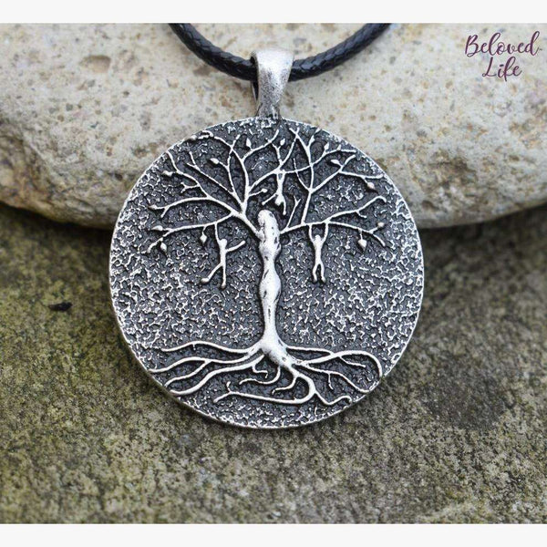 Beloved Life Jewelry: Mom & 3 Playful Children 'Tree of Life' Pendant Necklace [Silver]