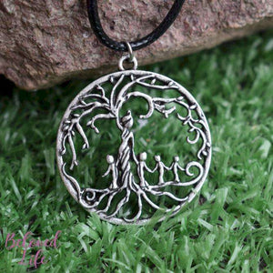 Beloved Life Jewelry: Mom & 4 Child 'Tree of Life' Hollowed-Out Pendant Necklace [Antique Silver]