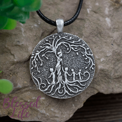 Beloved Life Jewelry: Mom & 4 Child 'Tree of Life' Pendant Necklace [Silver]
