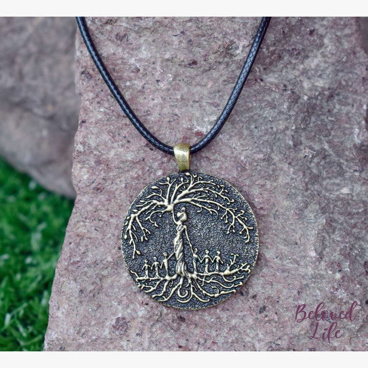 Beloved Life Jewelry: Mom & 6 Child 'Tree of Life' Pendant Necklace [Bronze]