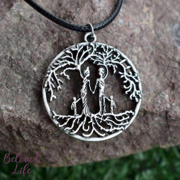Beloved Life Jewelry: Parents & 2 Child 'Tree of Life' Hollowed-Out Pendant Necklace [Antique Silver]