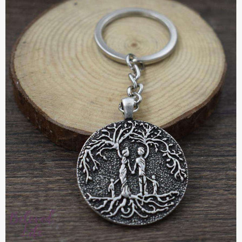 Beloved Life Jewelry: Parents & 2 Child 'Tree of Life' Pendant Keychain [Silver]
