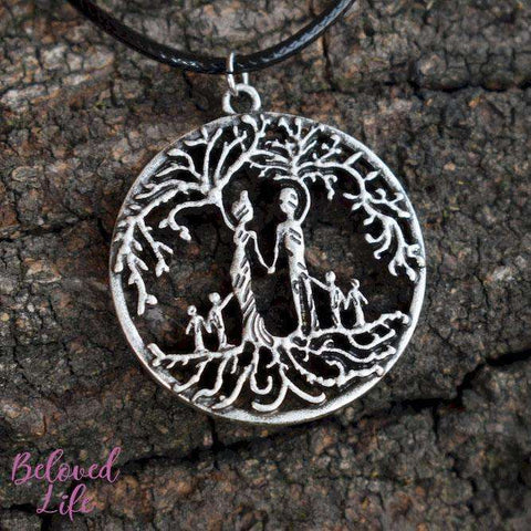 Beloved Life Jewelry: Parents & 4 Child 'Tree of Life' Hollowed-Out Pendant Necklace [Antique Silver]