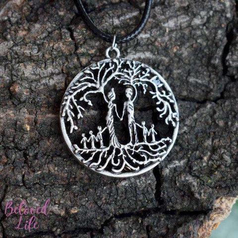 Beloved Life Jewelry: Parents & 5 Child 'Tree of Life' Hollowed-Out Pendant Necklace [Antique Silver]