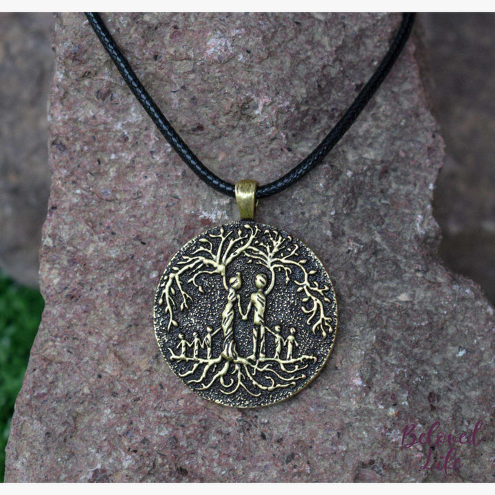 Beloved Life Jewelry: Parents & 5 Child 'Tree of Life' Pendant Necklace [Bronze]