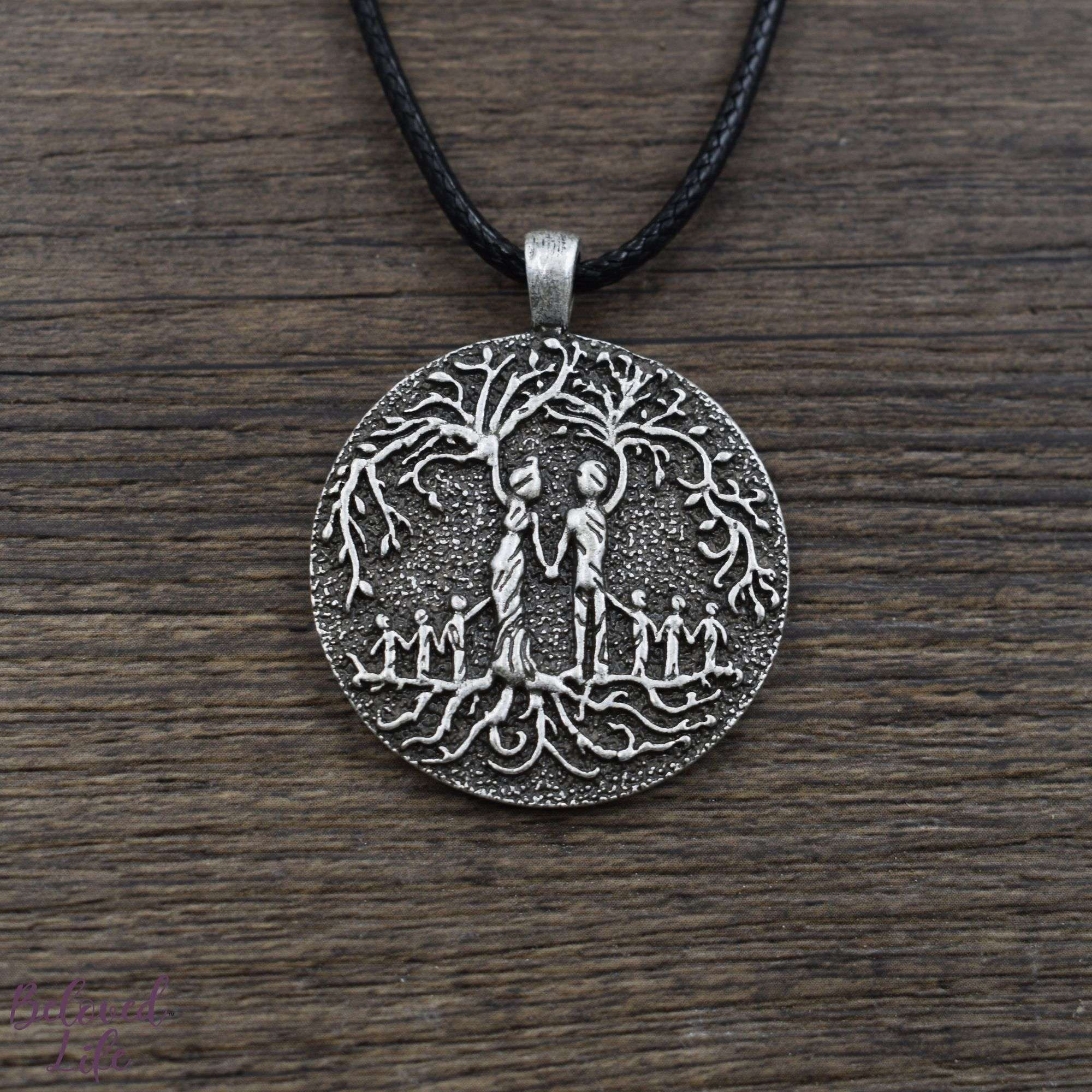 Beloved Life Jewelry: Parents & 6 Child 'Tree of Life' Pendant Necklace [Silver]