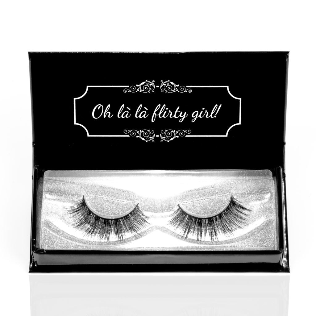 Coquette Chronicals Luxury Eyelashes