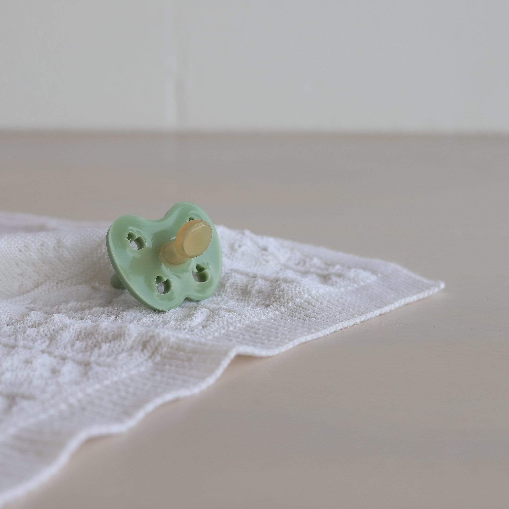 Hevea Natural Rubber Orthodontic Pacifier - Moss Green 3-36m