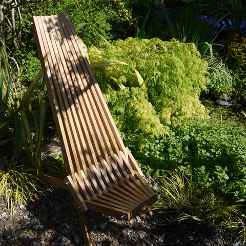 Oak Toby Chair in the garden - garden furniture