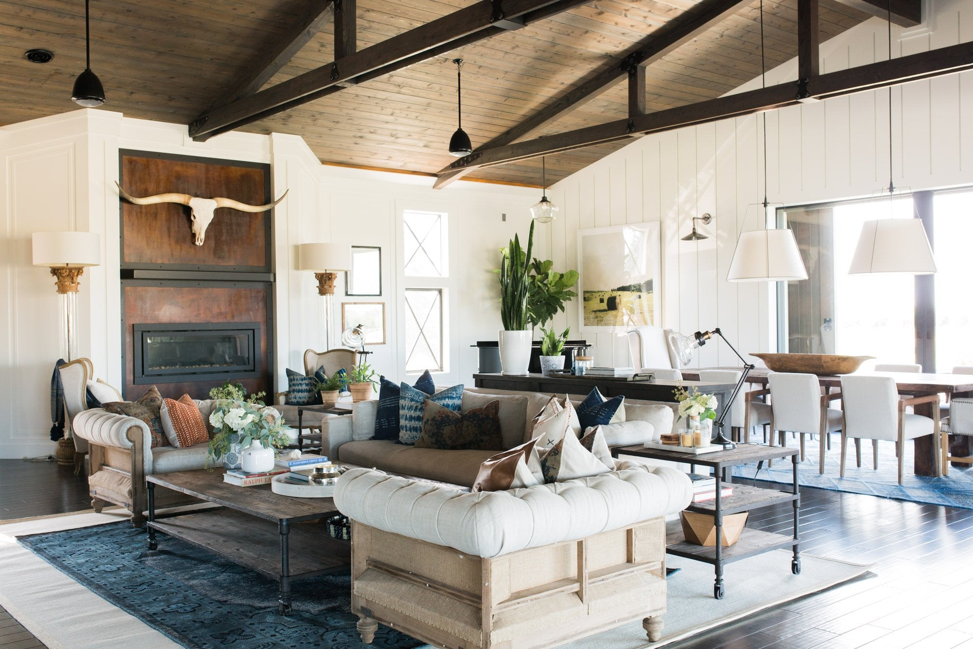10+ Best Farmhouse Living Rooms