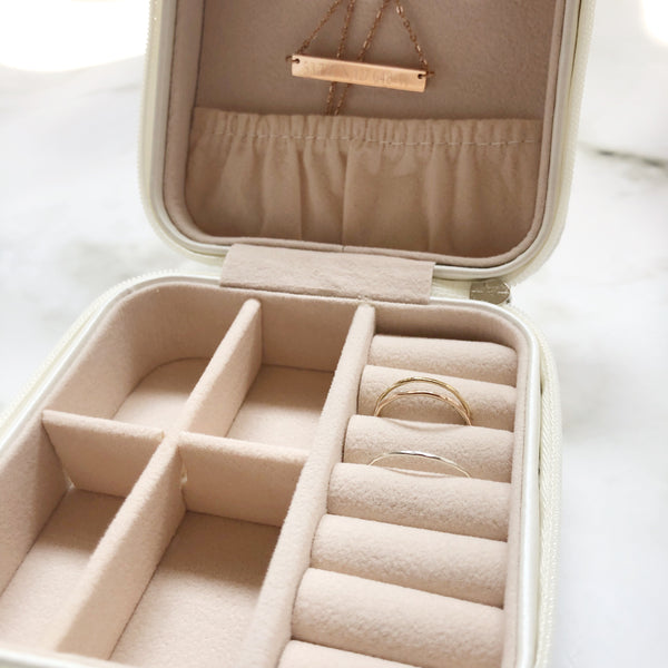 Travel Jewelry Case - Hand to Heart Jewelry