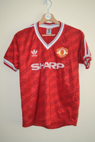 Sale Sold Out MANCHESTER UNITED 1986 RE-ISSUE HOME SHIRT PRODUCED BY  DESCENTE UNDER ADIDAS LICENSE SMALL MENS 9a73da4df