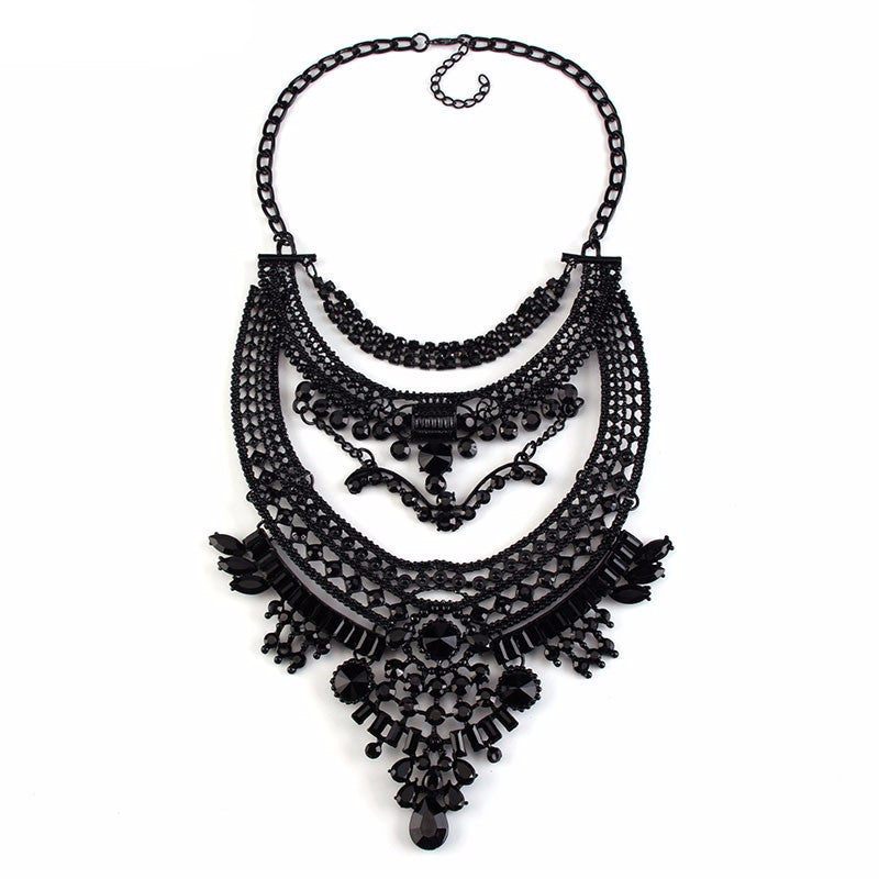 Exquisite Black Necklaces
