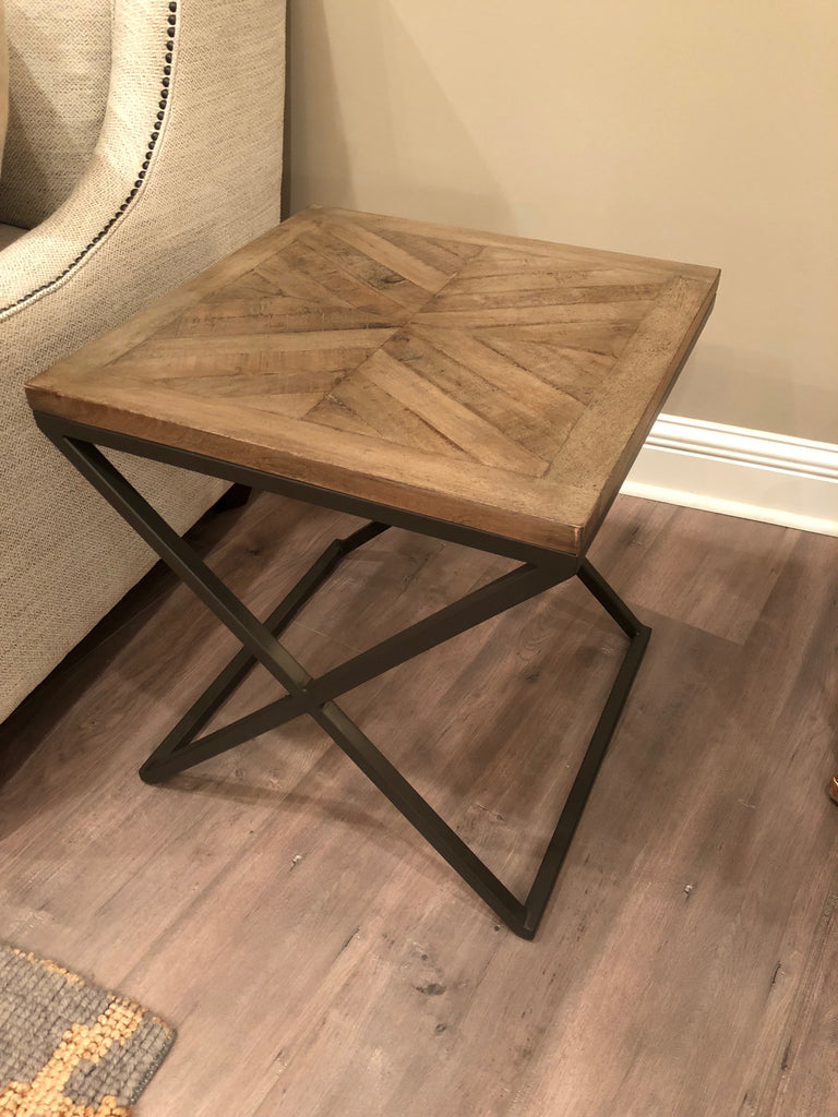 "Belmont 20"" End Table - Revere Diamond Finish"