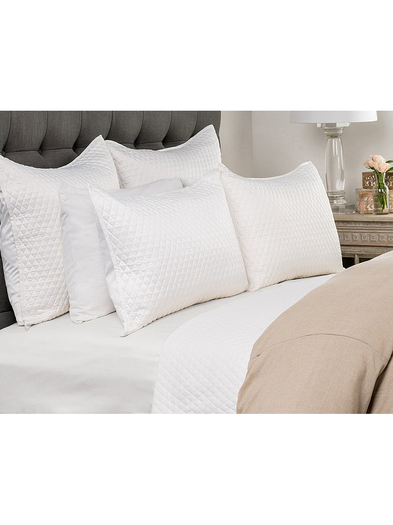 Diamond Quilt Collection - White - Queen