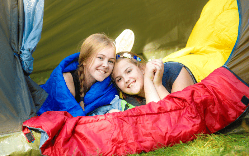 5 Reasons Why a Sleeping Bag is The Perfect Christmas Gift For Your Teen